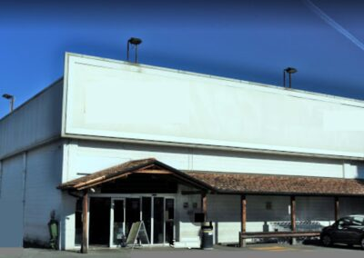 Spazio commerciale a Saronno (VA)